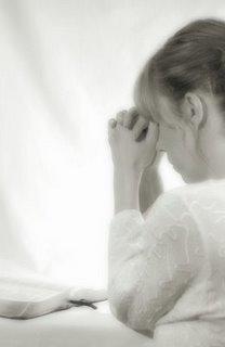 mulher-orando